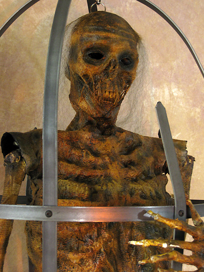 Iron Skeleton Cage with Life-Size Corpsed Skeleton, Life-Size