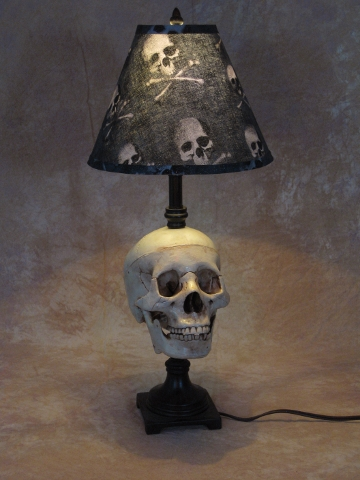 Desk Lamp with Life-size Skull and Bone Shade [LAMP-100B] - $79.95 ...