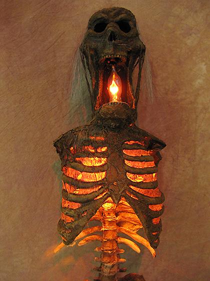 Halloween Wall Lights : Torso of Terror Sconce, 19