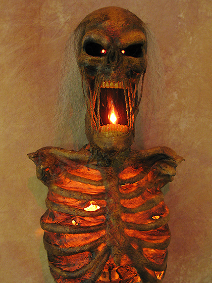 Lighted Torso of Terror Large Size with LED Eyes